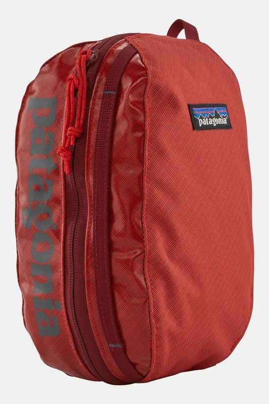 Patagonia Black Hole Cube - Small Catalan Coral