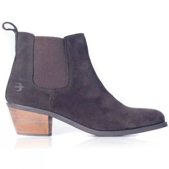 Womens Chelsea Boot With Heel