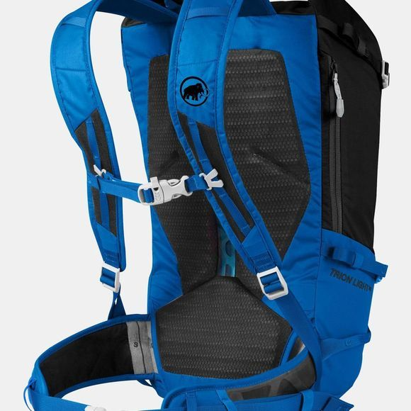 Mammut Trion Light 28 Black/Ice