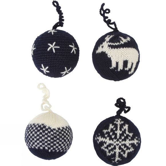 Christmas Baubles 4 Pack
