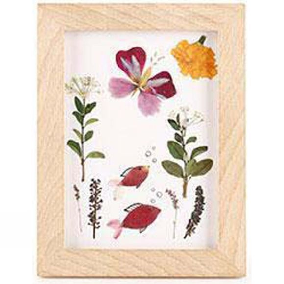 Huckleberry Pressed Flower Frame Art